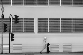 people-walking-75